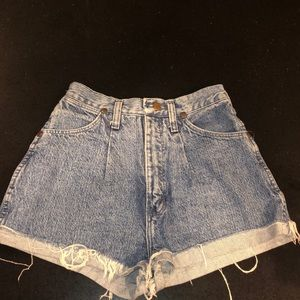 Vintage Wrangler Denim Shorts!